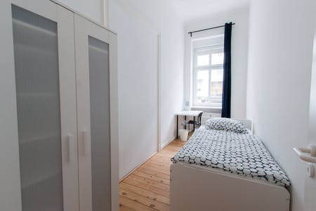 Private room for rent from 01 Jan 2019 (Detmolder Straße, Berlin)