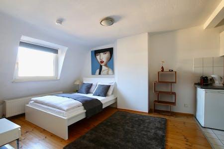 Wohnung zur Miete ab 24 März 2020 (Roonstraße, Köln)