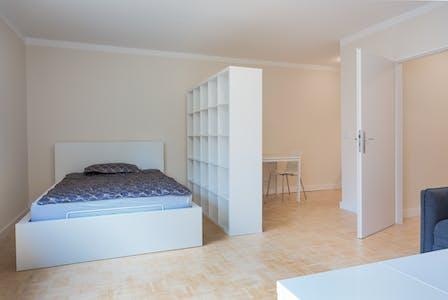 Wohnung zur Miete ab 01 Juni 2020 (Sierichstraße, Hamburg)