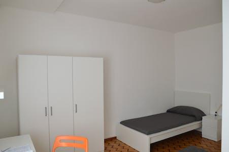 Room for rent from 01 Sep 2018 (Via Brigata Acqui, Trento)