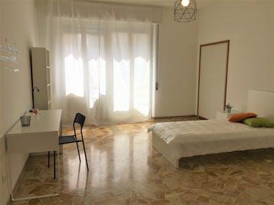 Privatzimmer zur Miete von 01 Aug 2019 (Via Quintino Sella, Florence)