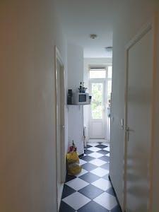 Privé kamer te huur vanaf 17 Jun 2019 (Zoutziedersstraat, Rotterdam)