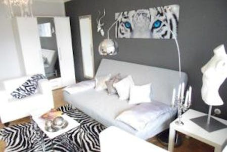 Private room for rent from 01 Oct 2019 (Schwaneckstraße, München)