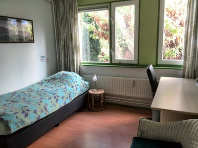 Private room for rent from 02 Jul 2020 (August Vermeijlenpad, Rotterdam)