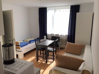 Wohnung zur Miete ab 01 Juli 2020 (Lerchenauer Straße, München)