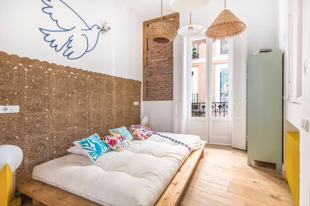 Apartment for rent from 12 May 2019 (Calle de Lavapiés, Madrid)