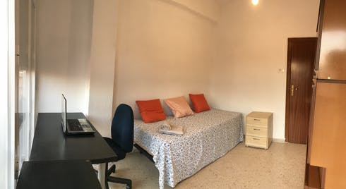 Room for rent from 01 Aug 2019 (Calle San Antón, Murcia)