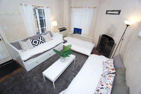 Apartment for rent from 22 Oct 2019 (Virginia Street, Berkeley)