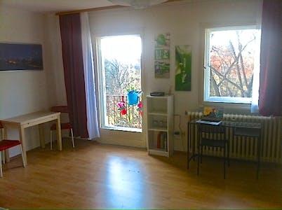 整套公寓租从08 1月 2020 (Reinhardtstraße, Berlin)