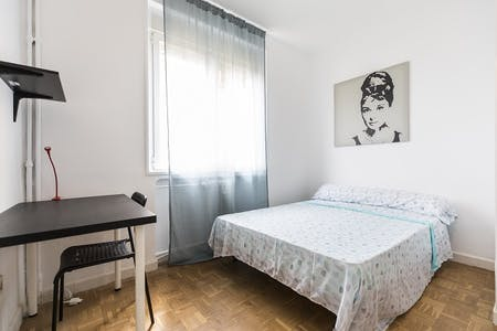 Private room for rent from 15 Jul 2019 (Calle de Toledo, Madrid)