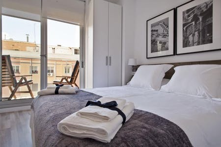 整套公寓租从25 Aug 2019 (Carrer de la Riera Blanca, Barcelona)