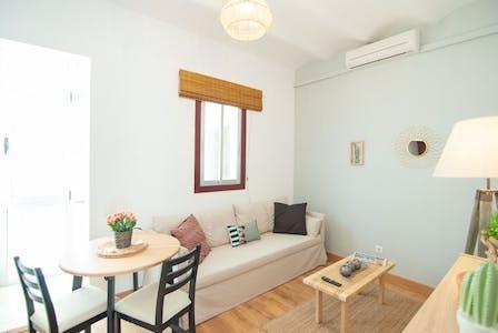 Apartment for rent from 01 Jun 2019 (Carrer del Rosselló, L'Hospitalet de Llobregat)