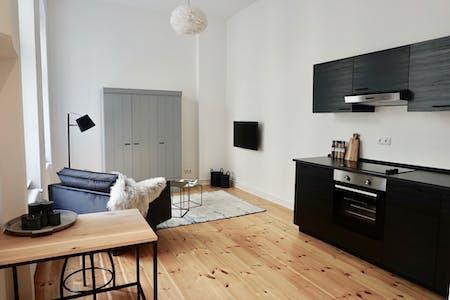 Appartamento in affitto a partire dal 01 Apr 2020 (Eisenacher Straße, Berlin)