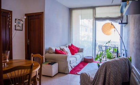 Private room for rent from 24 Dec 2018 (Carrer dels Periodistes, Barcelona)