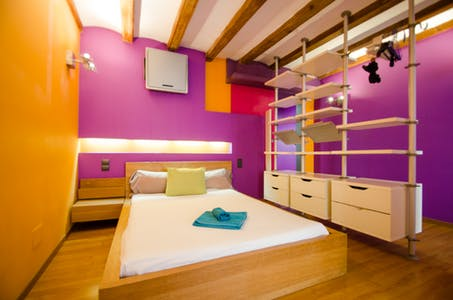 Appartement à partir du 19 Dec 2019 (Carrer dels Escudellers, Barcelona)
