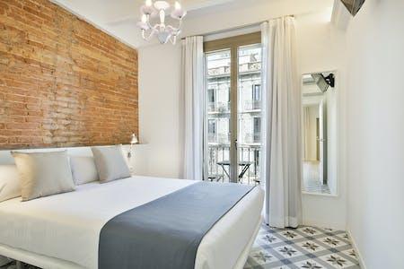 整套公寓租从16 3月 2019 (Carrer de València, Barcelona)