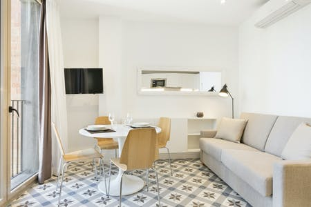 Apartment for rent from 01 Aug 2020 (Carrer de València, Barcelona)