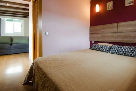 Appartamento in affitto a partire dal 01 apr 2019 (Carrer de Joaquín Costa, Barcelona)