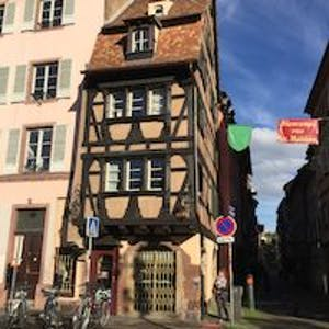 Building for rent from 01 Apr 2019 (Rue Sainte-Madeleine, Strasbourg)