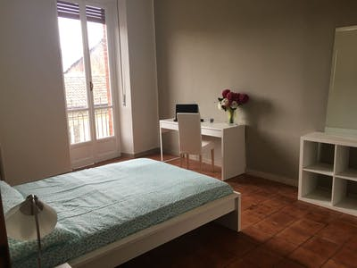 Private room for rent from 01 Aug 2019 (Corso Giulio Cesare, Torino)