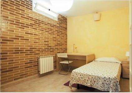 Private room for rent from 15 Jan 2020 (Calle Sil, Villaviciosa de Odón)