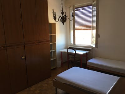 Shared room for rent from 22 Jul 2019 (Via Andrea Costa, Bologna)