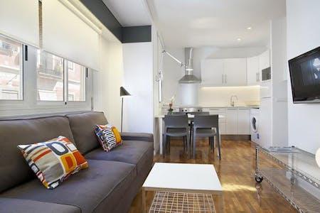 Appartement te huur vanaf 13 apr. 2019 (Carrer del Baluard, Barcelona)