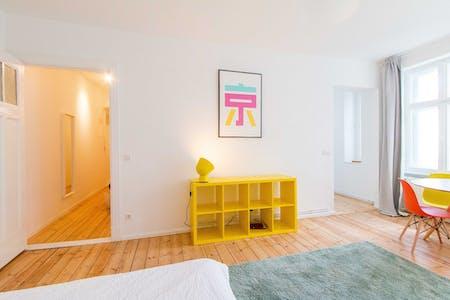 Wohnung zur Miete von 01 Apr. 2019 (Naugarder Straße, Berlin)