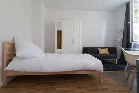 Private room for rent from 17 Jan 2019 (Neltestraße, Berlin)