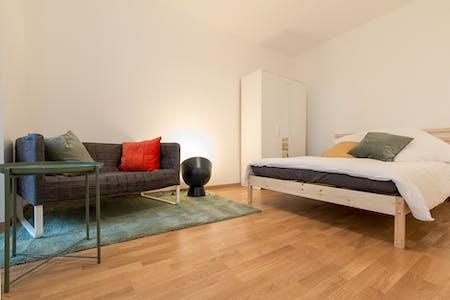 Wohnung zur Miete von 01 Mai 2019 (Naugarder Straße, Berlin)