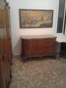 Private room for rent from 01 Mar 2020 (Via Carlo Francesco Dotti, Bologna)