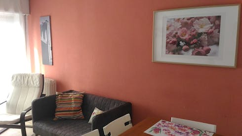 Room for rent from 23 Sep 2018 (Calle Rodríguez Fabres, Salamanca)