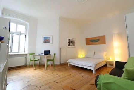 Apartment for rent from 01 Jan 2020 (Liselotte-Herrmann-Straße, Berlin)