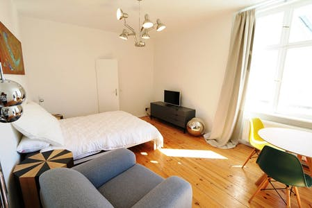 Apartment for rent from 01 Feb 2020 (Jablonskistraße, Berlin)