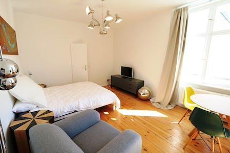 Apartamento para alugar desde 01 ago 2019 (Jablonskistraße, Berlin)