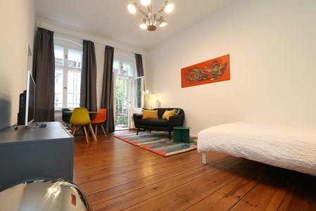 Apartment for rent from 01 May 2019 (Jablonskistraße, Berlin)