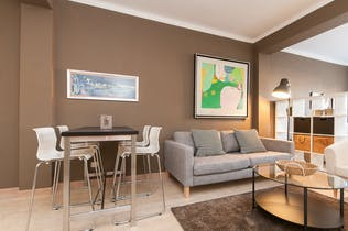 Apartment for rent from 01 Aug 2019 (Carrer d'Enric Granados, Barcelona)