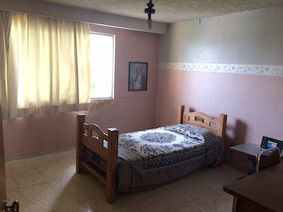 Habitación privada de alquiler desde 19 ene. 2019 (Calle Chimalpopoca, Zapopan)