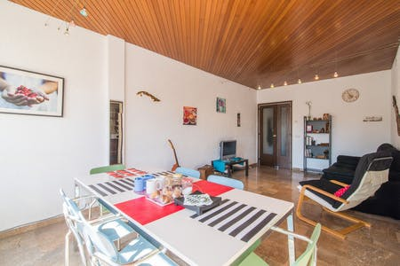 Private room for rent from 15 Feb 2019 (Gran Via de les Corts Catalanes, Barcelona)
