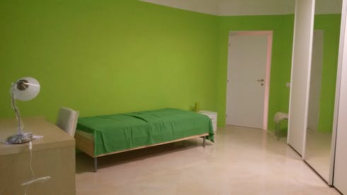 Shared room for rent from 01 Oct 2019 (Via Andrea del Castagno, Florence)