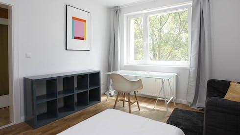 Privé kamer te huur vanaf 01 Apr 2020 (Neltestraße, Berlin)