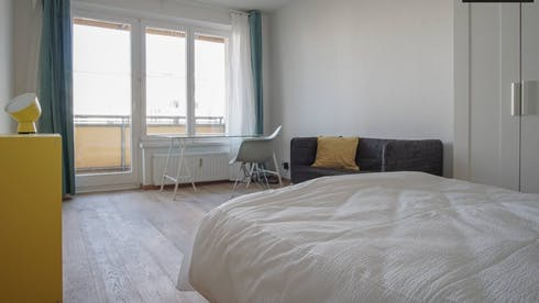 Private room for rent from 16 Jun 2019 (Neltestraße, Berlin)