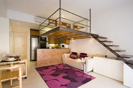 Appartement te huur vanaf 14 Aug 2019 (Carrer de la Reina Amàlia, Barcelona)