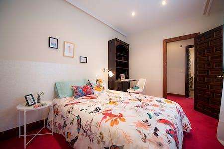 Stanza privata in affitto a partire dal 01 lug 2019 (Iparraguirre Kalea, Bilbao)