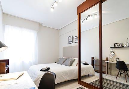Habitación privada de alquiler desde 01 Jan 2020 (Ercilla Kalea, Bilbao)
