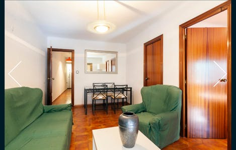 Private room for rent from 01 Sep 2019 (Carrer de Beethoven, Santa Coloma de Gramenet)