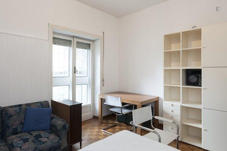Private room for rent from 01 Jul 2019 (Via Pietro Mascagni, Rome)