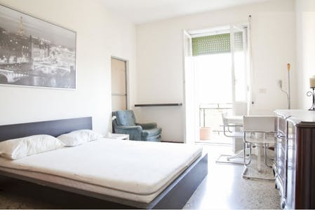 Private room for rent from 01 Jul 2020 (Viale Arrigo Boito, Rome)