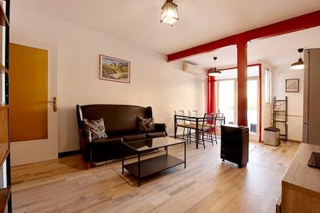 整套公寓租从15 11月 2021 (Carrer de la Constitució, Barcelona)