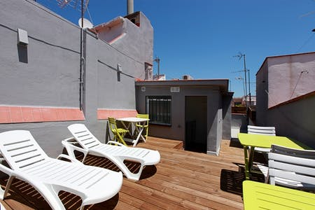 Private room for rent from 15 Jul 2019 (Carrer de Picalquers, Barcelona)